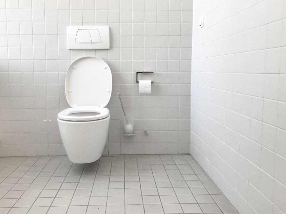 Sådan finder du håndværkere til badeværelsesrenovering i Holstebro